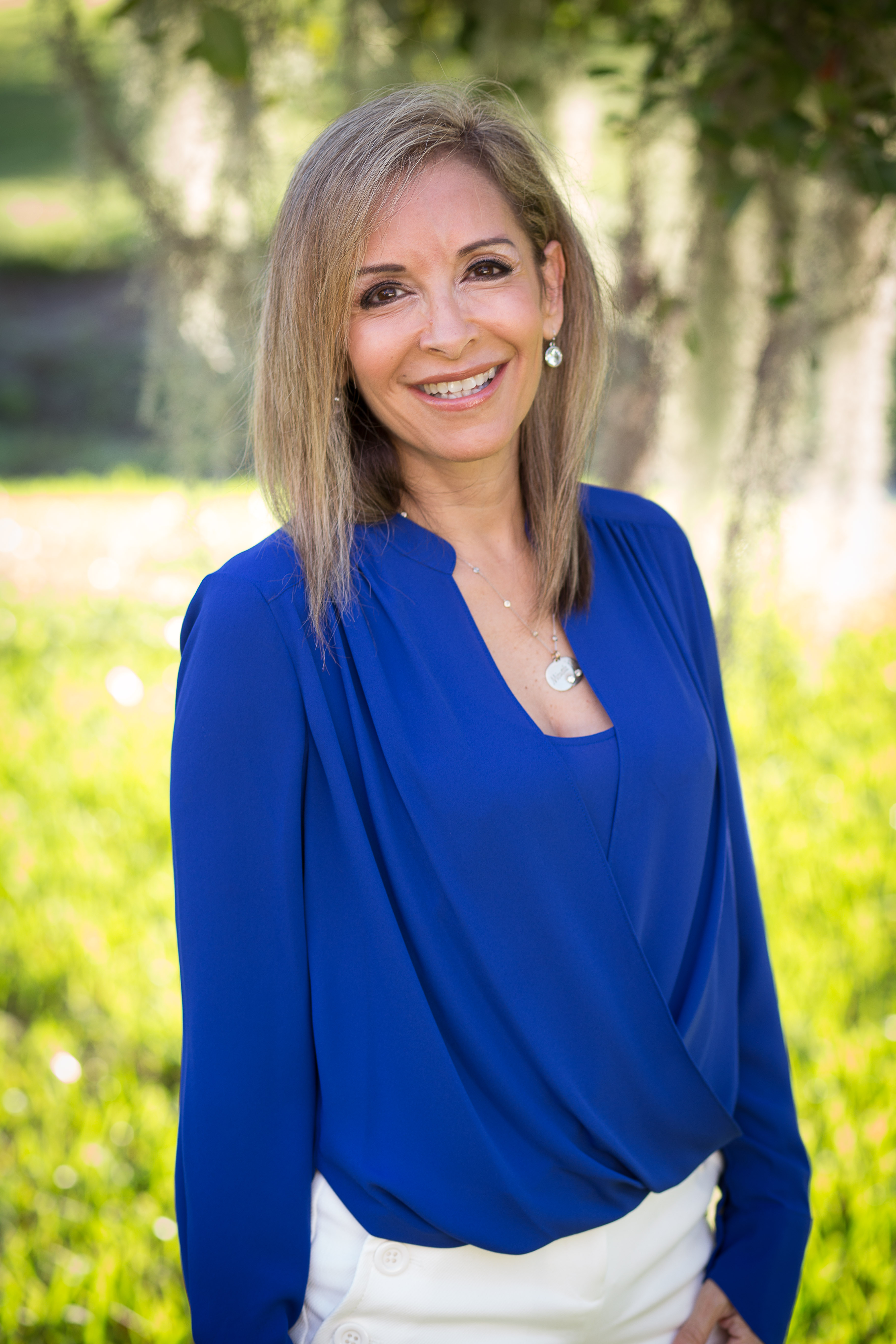 Dr. Jessica Vera