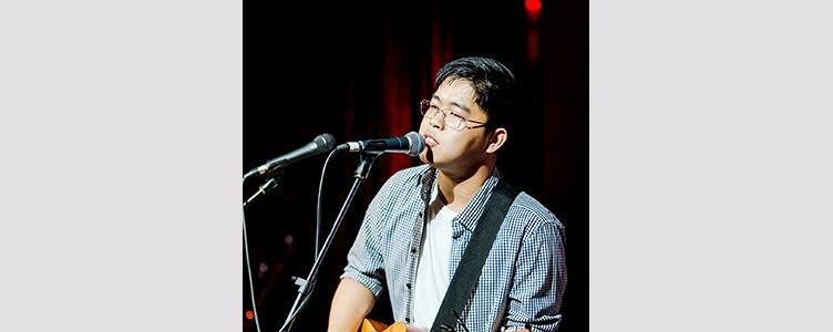Bryan Chua live at the Esplanade Concourse
