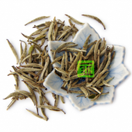 Organic Bai Hao Yinzhen (Silver Needle) from The Tea Forest