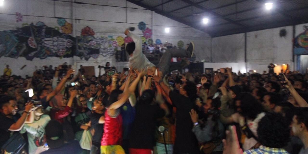 GIG REPORT: Efek Rumah Kaca bring the people together for a surprise concert