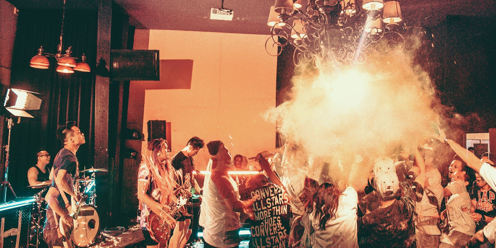 PHOTO GALLERY: An Honest Mistake's Manila Party in 'We're Alright'