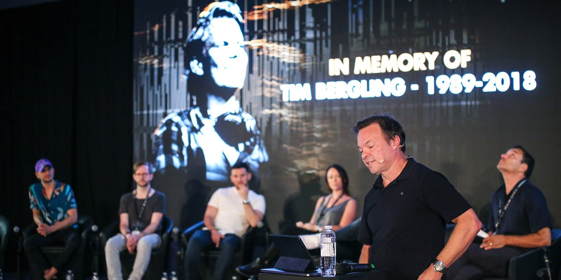 """Prominent DJ Pete Tong: Avicii's death is  """"a wakeup call to start looking around and see who might need help"""""""