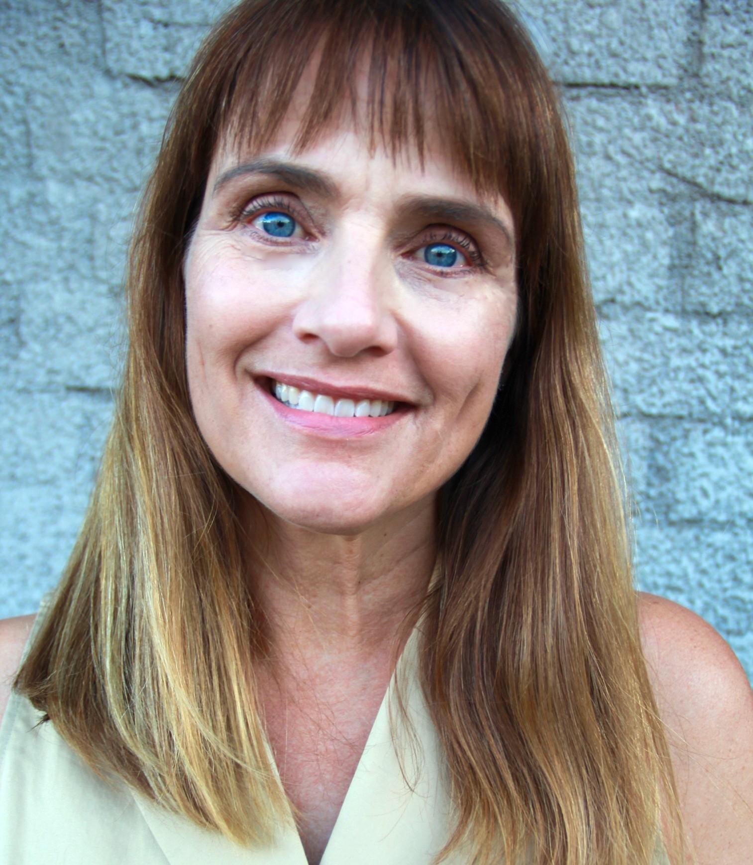 Dr. Leslie Ellis