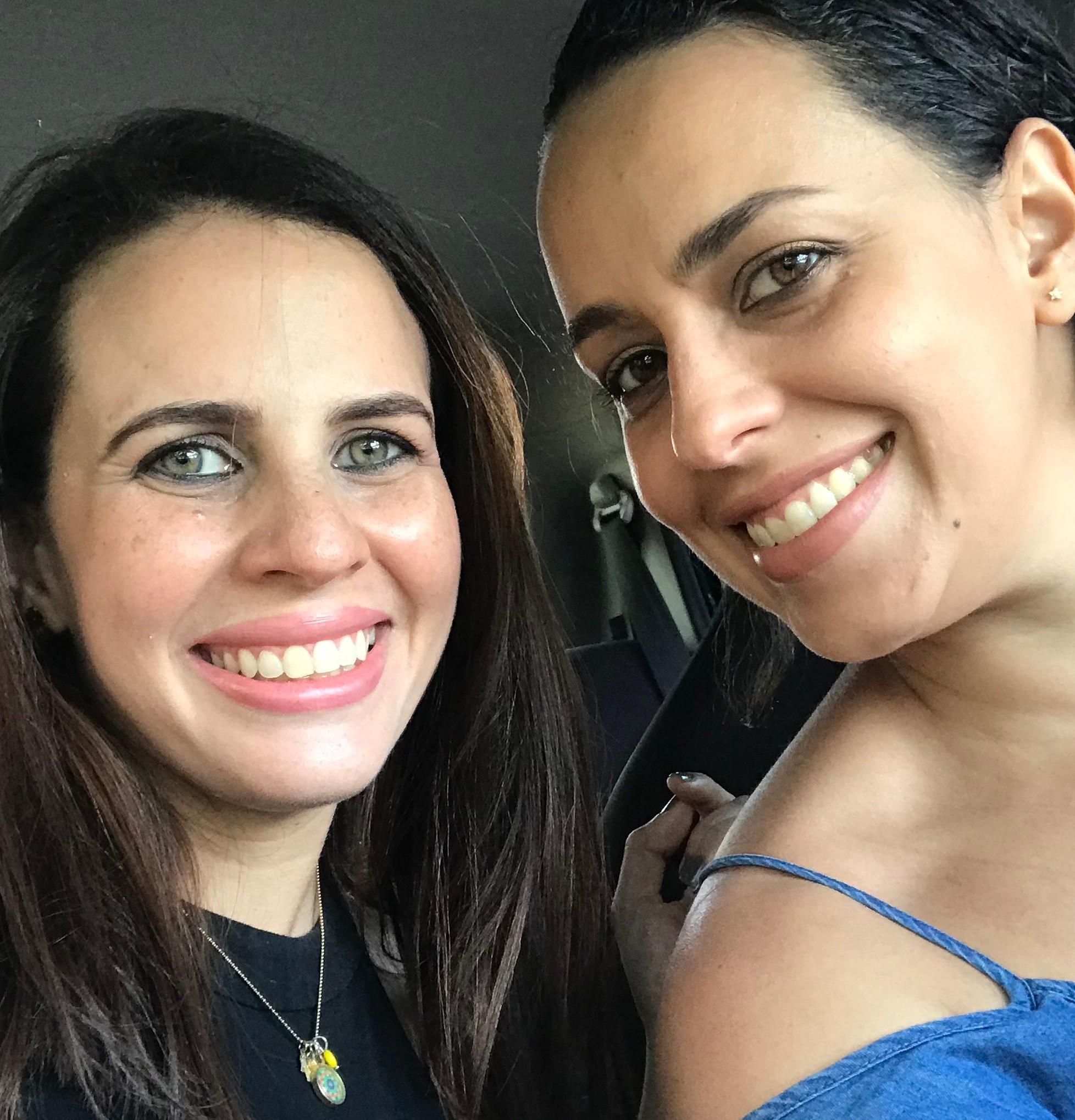 Mariví y María Carolina Portillo Decán