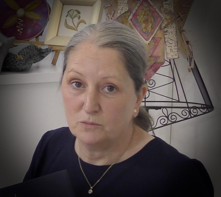 Sara Dennis