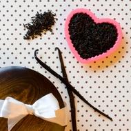 Organic Vanilla Black Tea from Divinitea