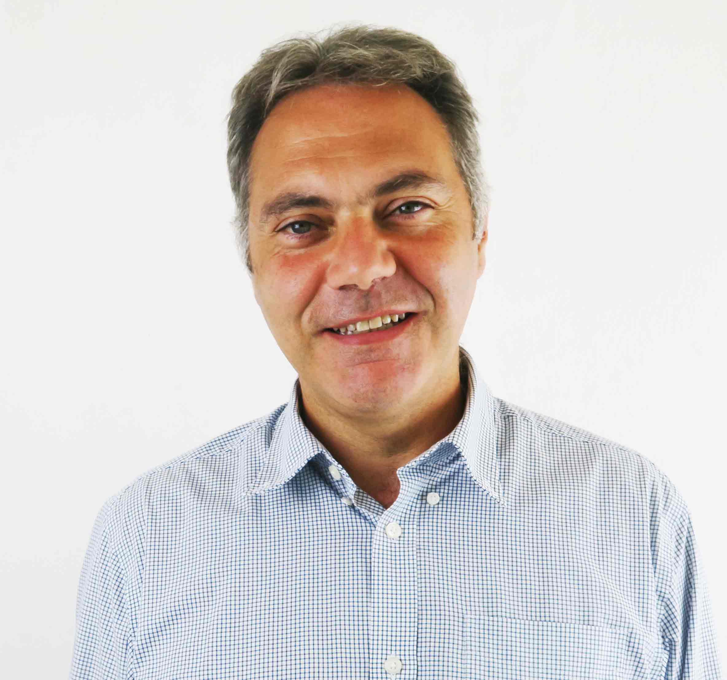 Daniel Simoes