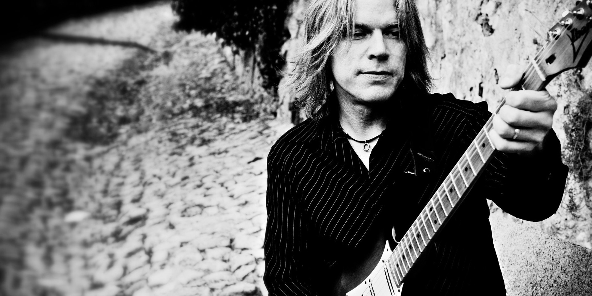 Andy Timmons to hold guitar clinic in Manila