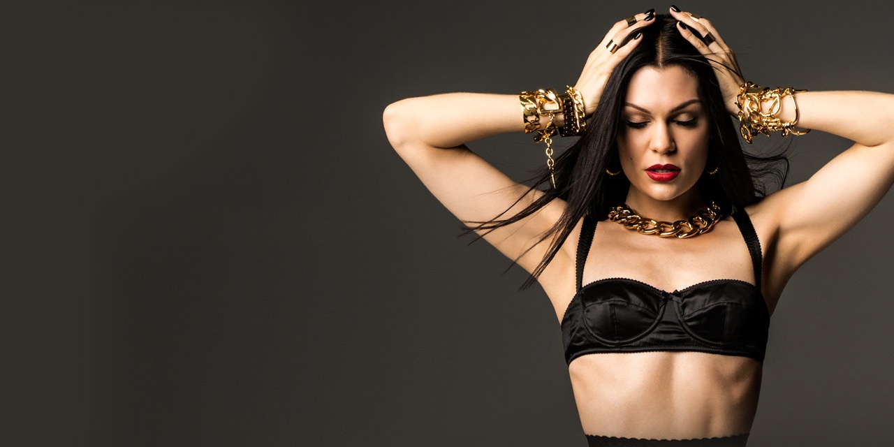 Jessie J's performing an acoustic set at the Indoor Stadium next week