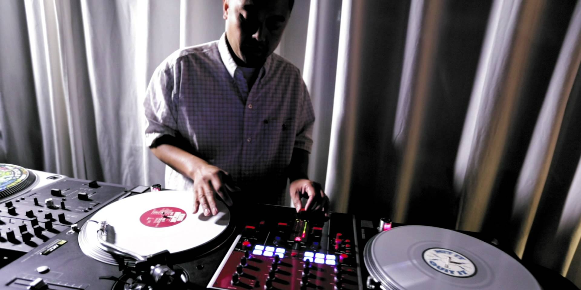 What should newbie DJs look for? We ask the experts