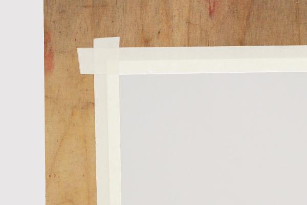 Akvarellipaperin pingottaminen teippaamalla