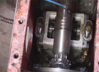 Inside Ferguson TE 20 Transmission Housing of Hydraulic Pump