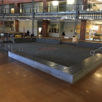 Commons / Cafeteria