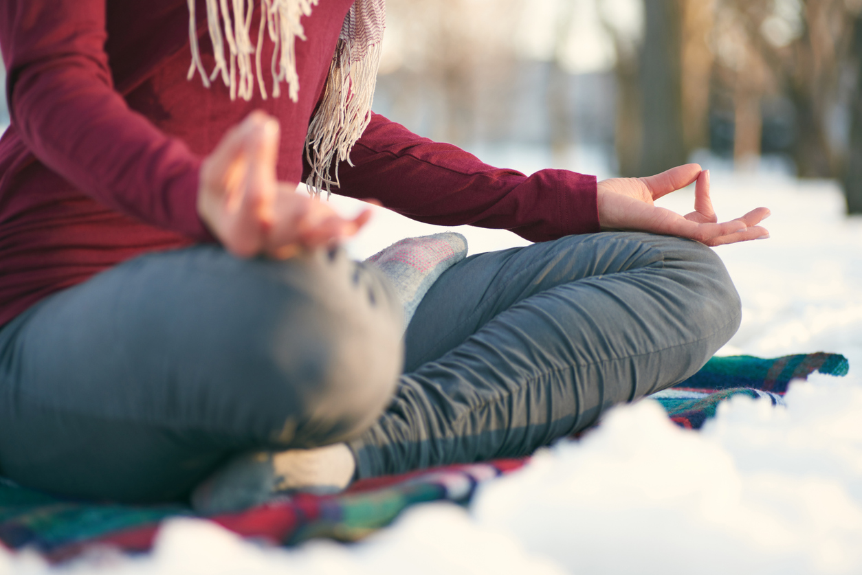 tips-for-overcoming-winter-inertia-online-yoga-training