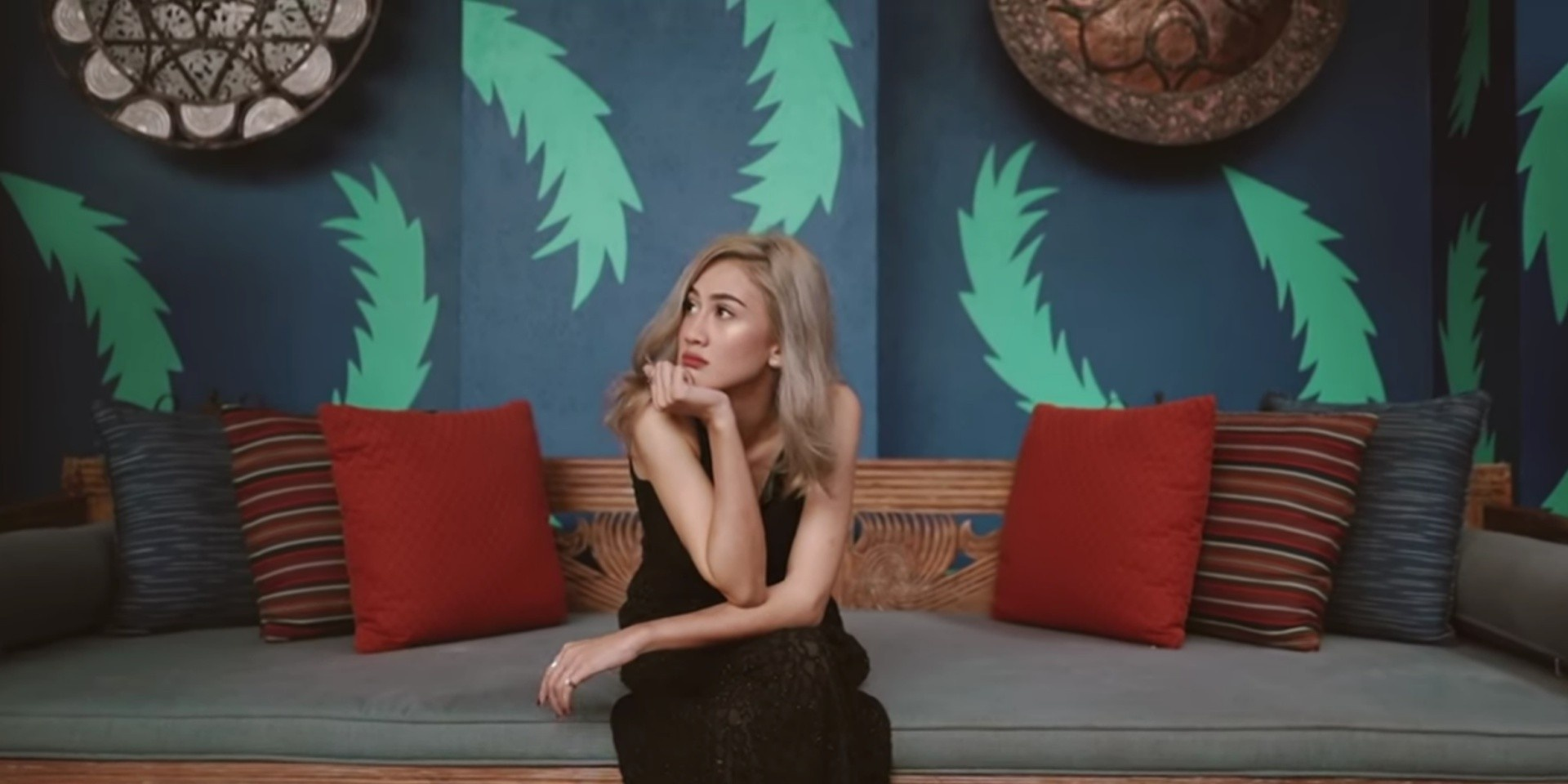 Malaysian singer Julia Duclos' debut Charlie Lim-produced single 'Further' is a shimmering delight – Listen
