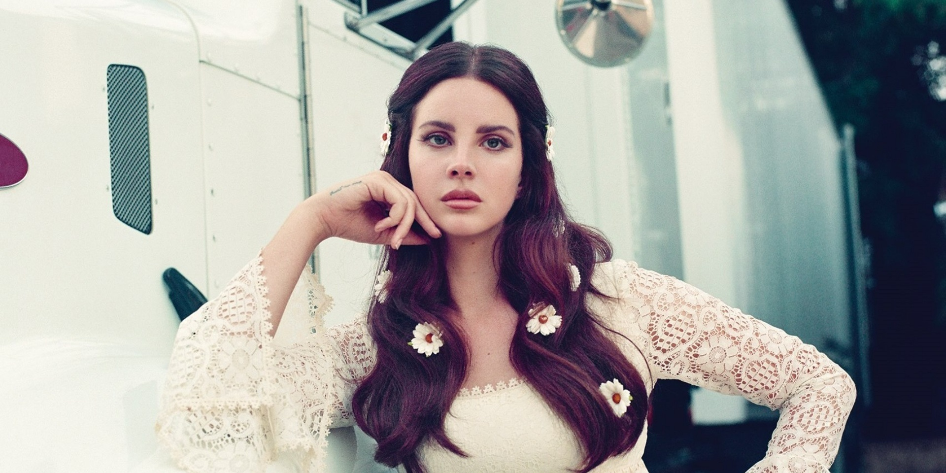 Lana Del Rey debuts a new song 'How to Disappear' at the Apple Event