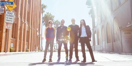 ALBUM REVIEW: Weezer - The White Album