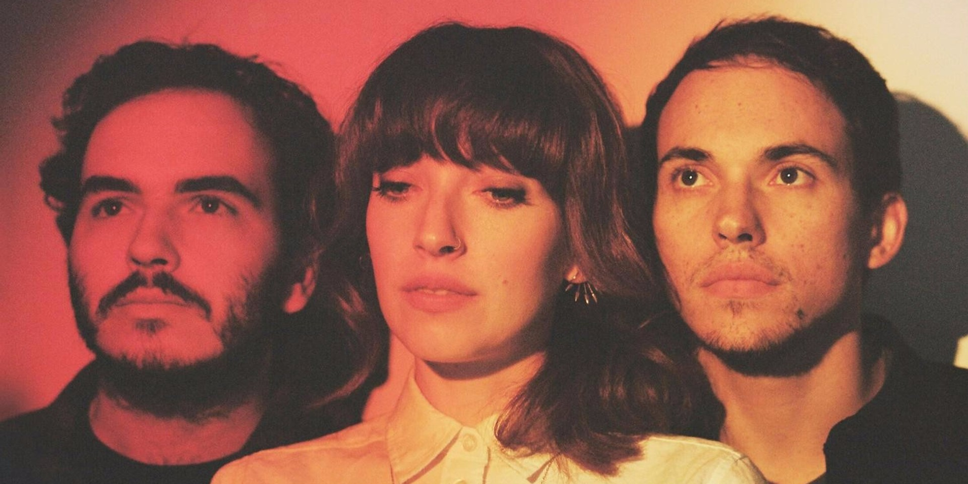 ALBUM REVIEW: Daughter - Not To Disappear