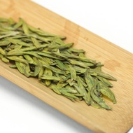 Organic Nonpareil She Qian Dragon Well Long Jing Green Tea from Teavivre