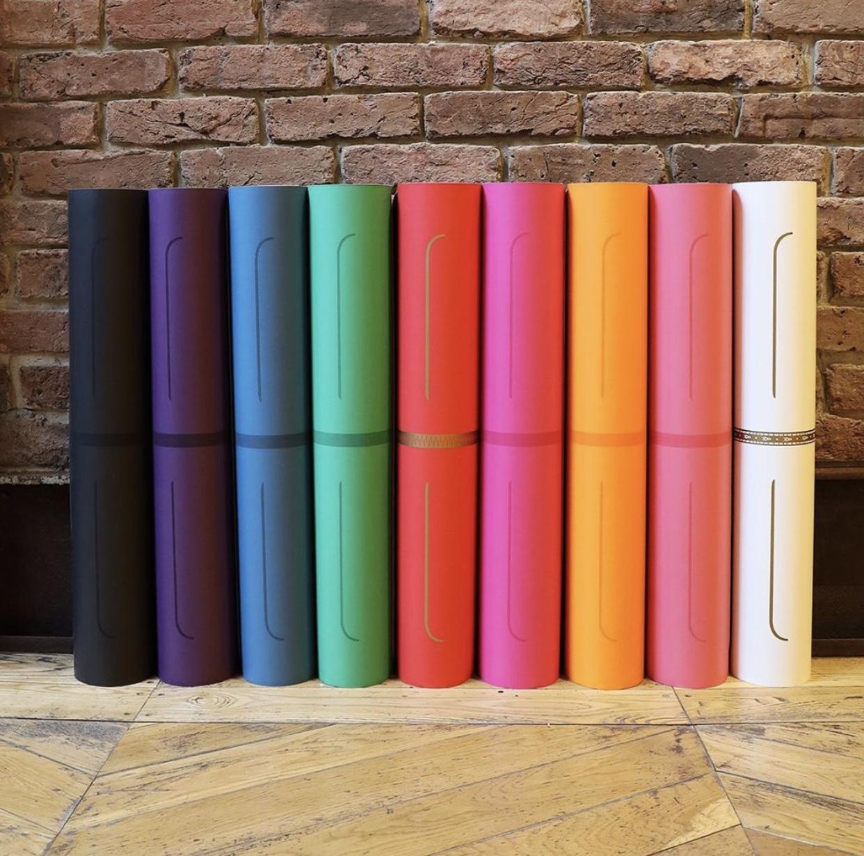 Hướng dẫn chọn thảm yoga tốt nhất theo 5 tiêu chí