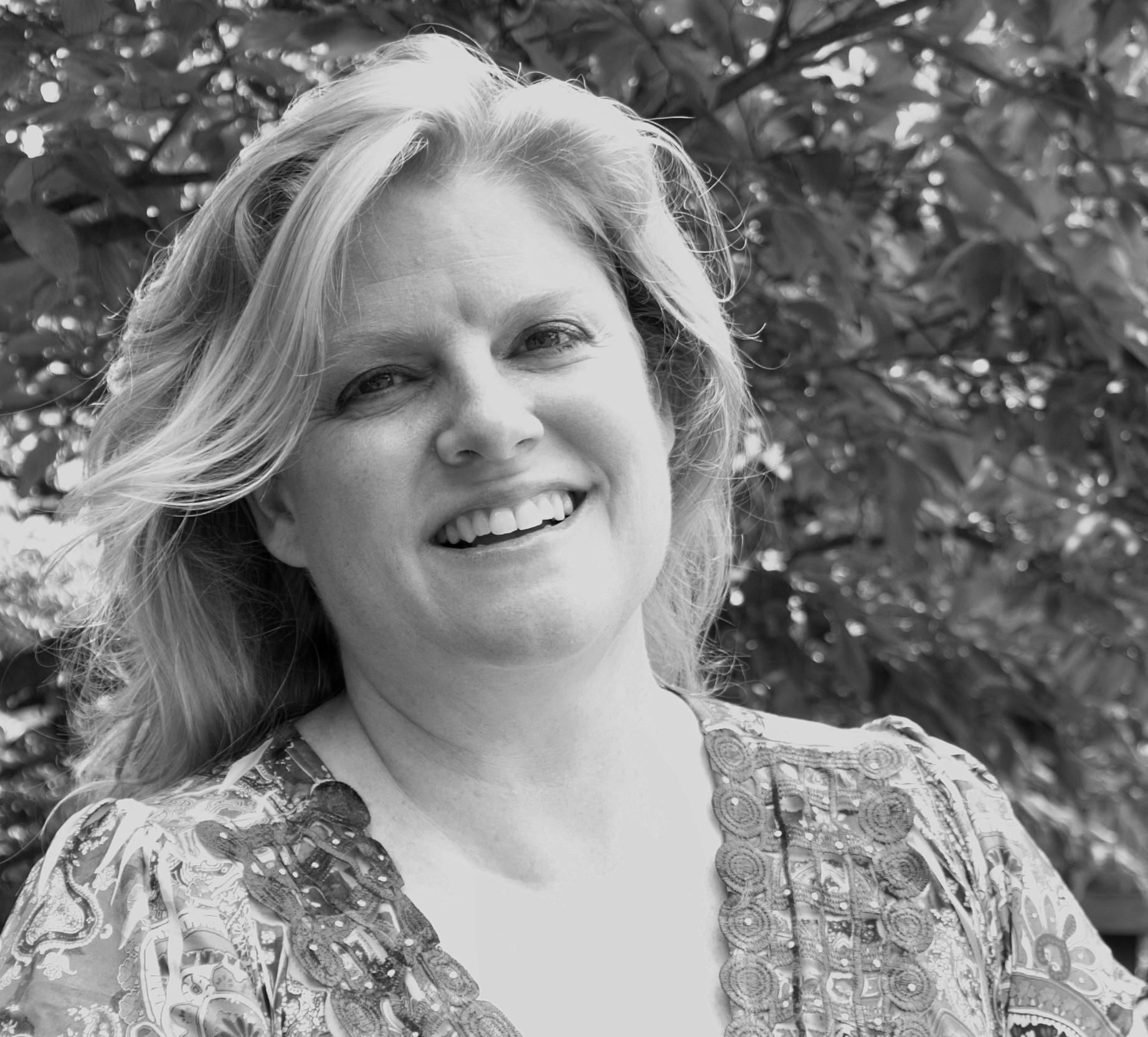Dr. Amanda Morris