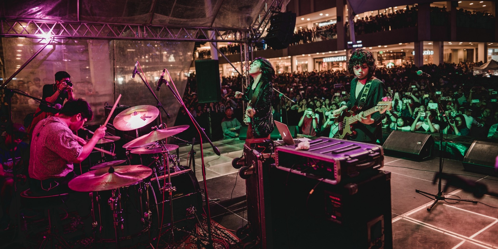 IV of Spades take us back to the crazy fun world of Filipino mall shows