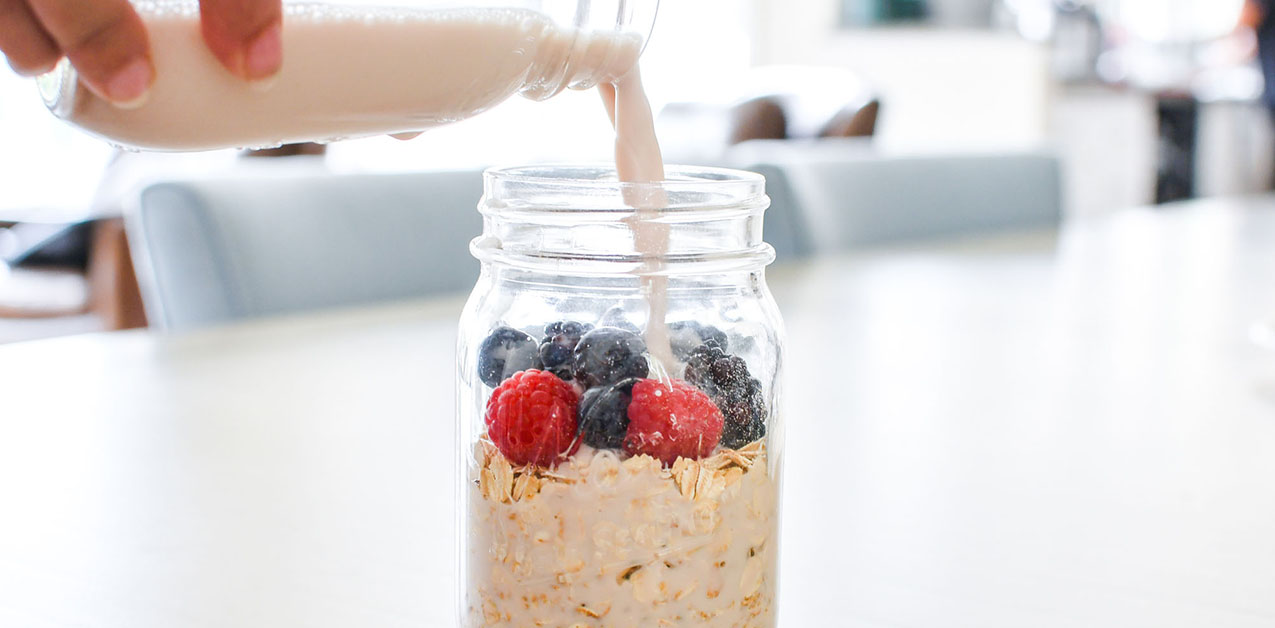 Clean Eating Blueberry Overnight Oats Breakfast Recipe