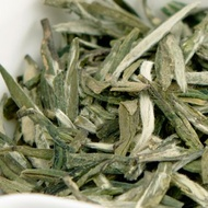 Fuding Xue Long (Snow Dragon), 2011 from Red Blossom Tea Company