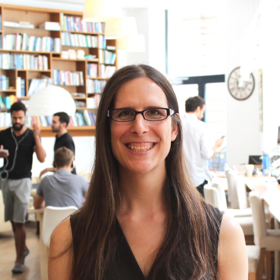 Samantha Alvarez