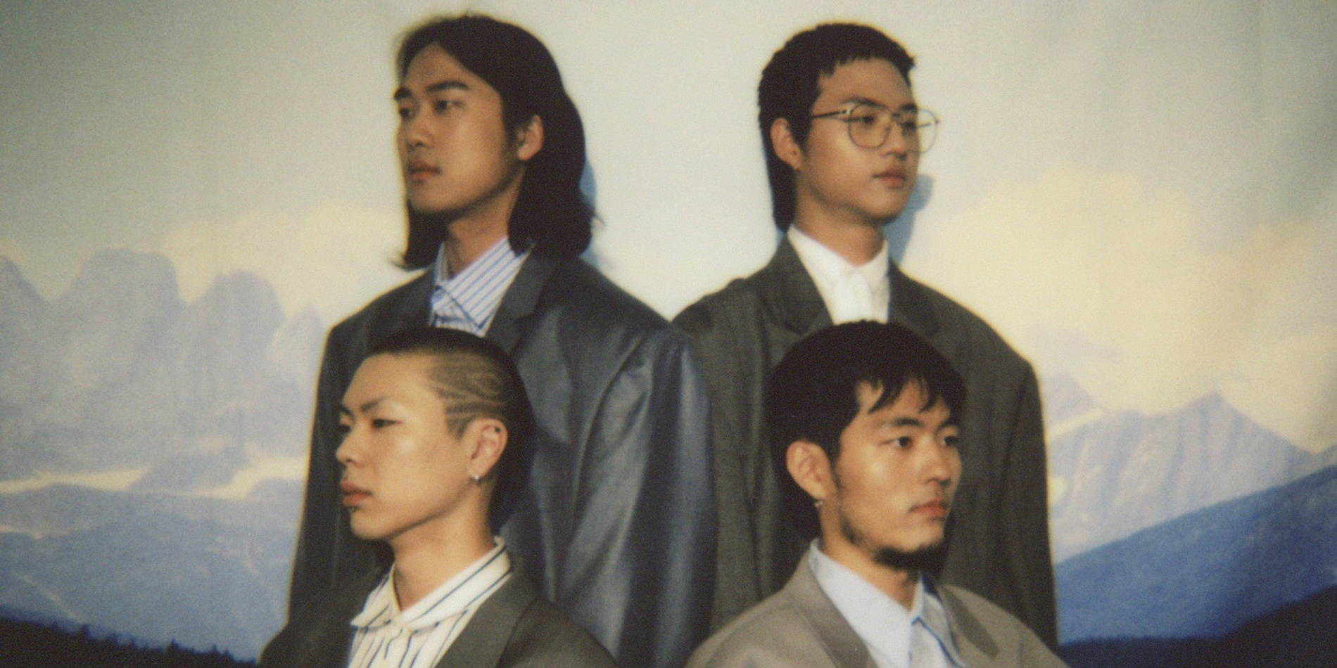 HYUKOH will perform in Singapore for the first time