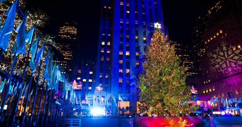 new york holiday markets and christmas lights tour