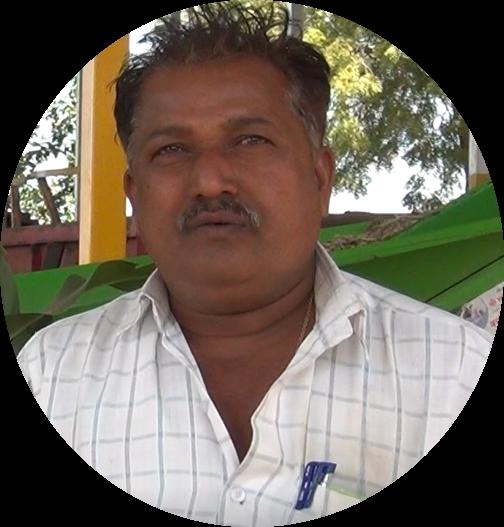 Progressive dairy farmer who produces silage in his dairy farm. Anil Kanawade