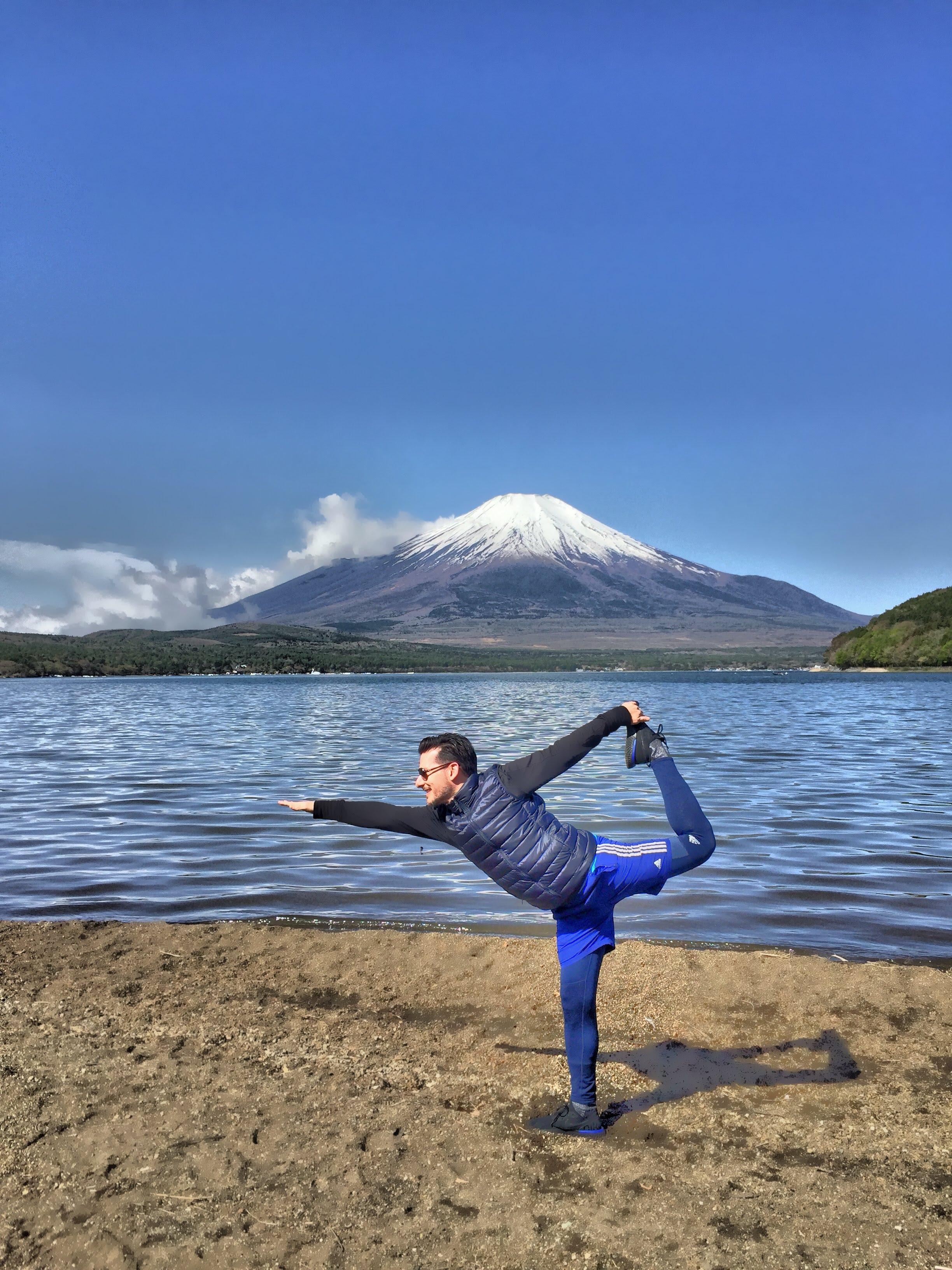 meet-jorge-fecuri-online-yoga-training