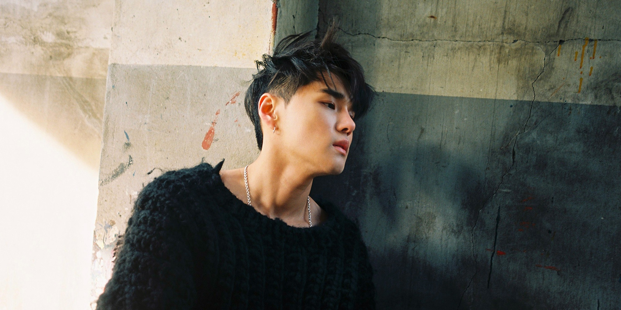 Dean, the soulful R&B wunderkind who's quietly dominating K-pop