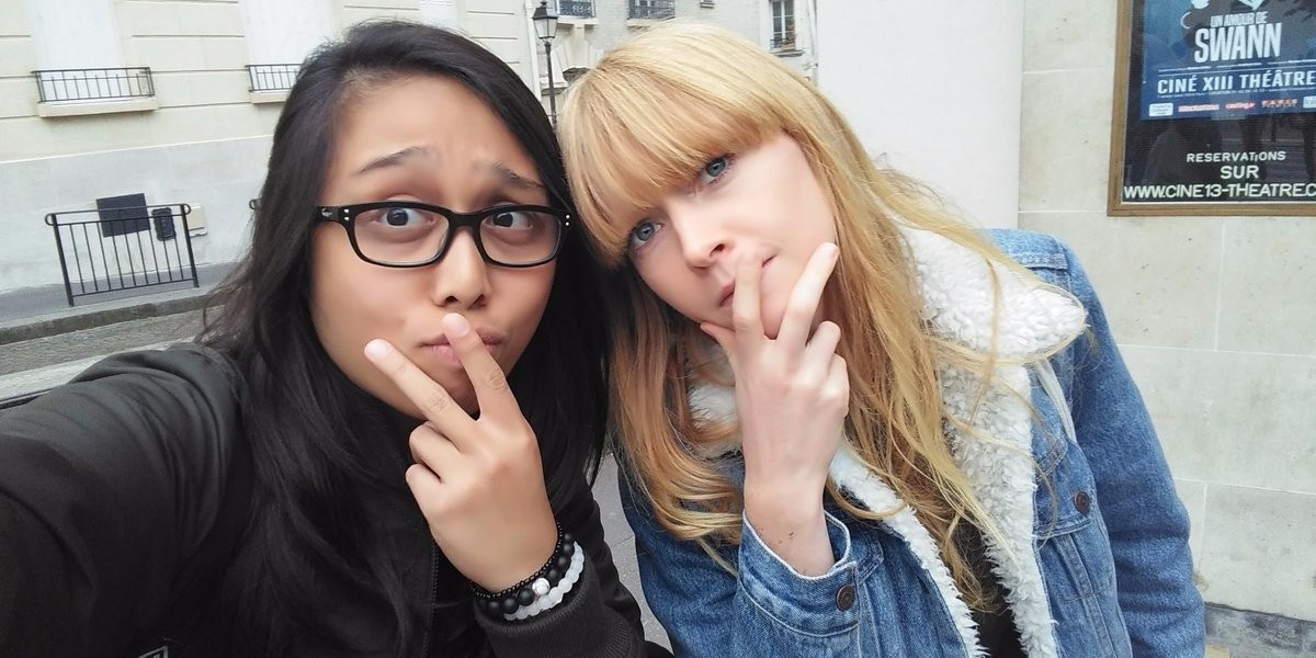 Lucy Rose invites Filipino fan to dinner in Paris