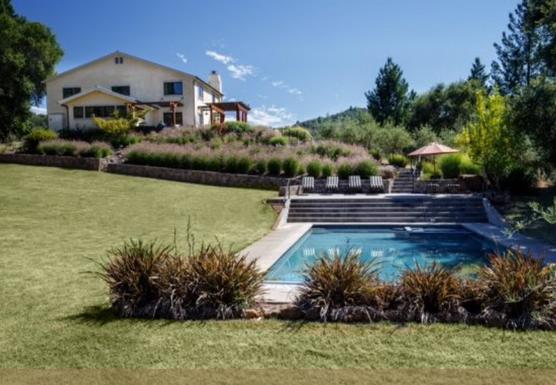 An Intimate Vinyasa Yoga Retreat with a Private Chef at a Luxury Villa, Napa