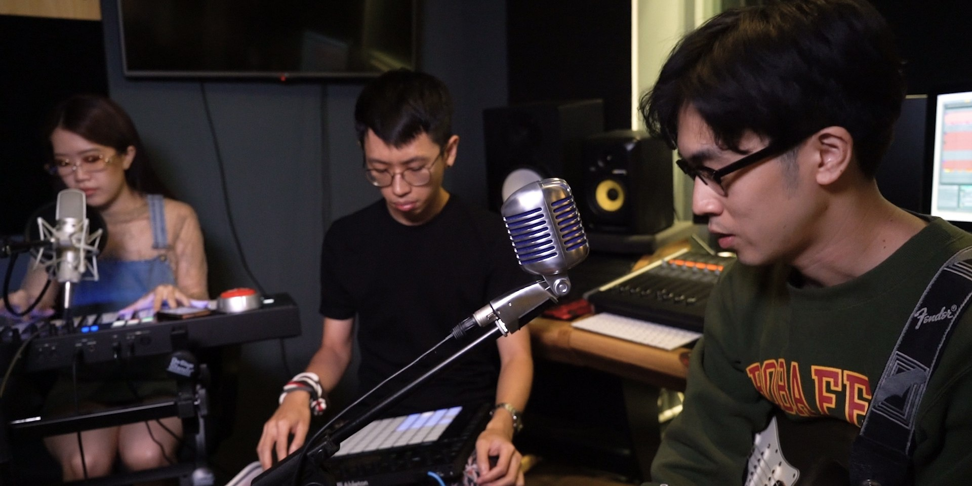 Evanturetime, Linying and Charlie Lim perform 'Vultures' live in studio for Bandwagon Presents – watch