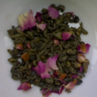 Green Tea with Rose Petals from Tealovero