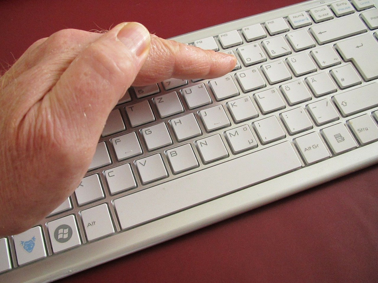 Protect keyboard from prying eyes