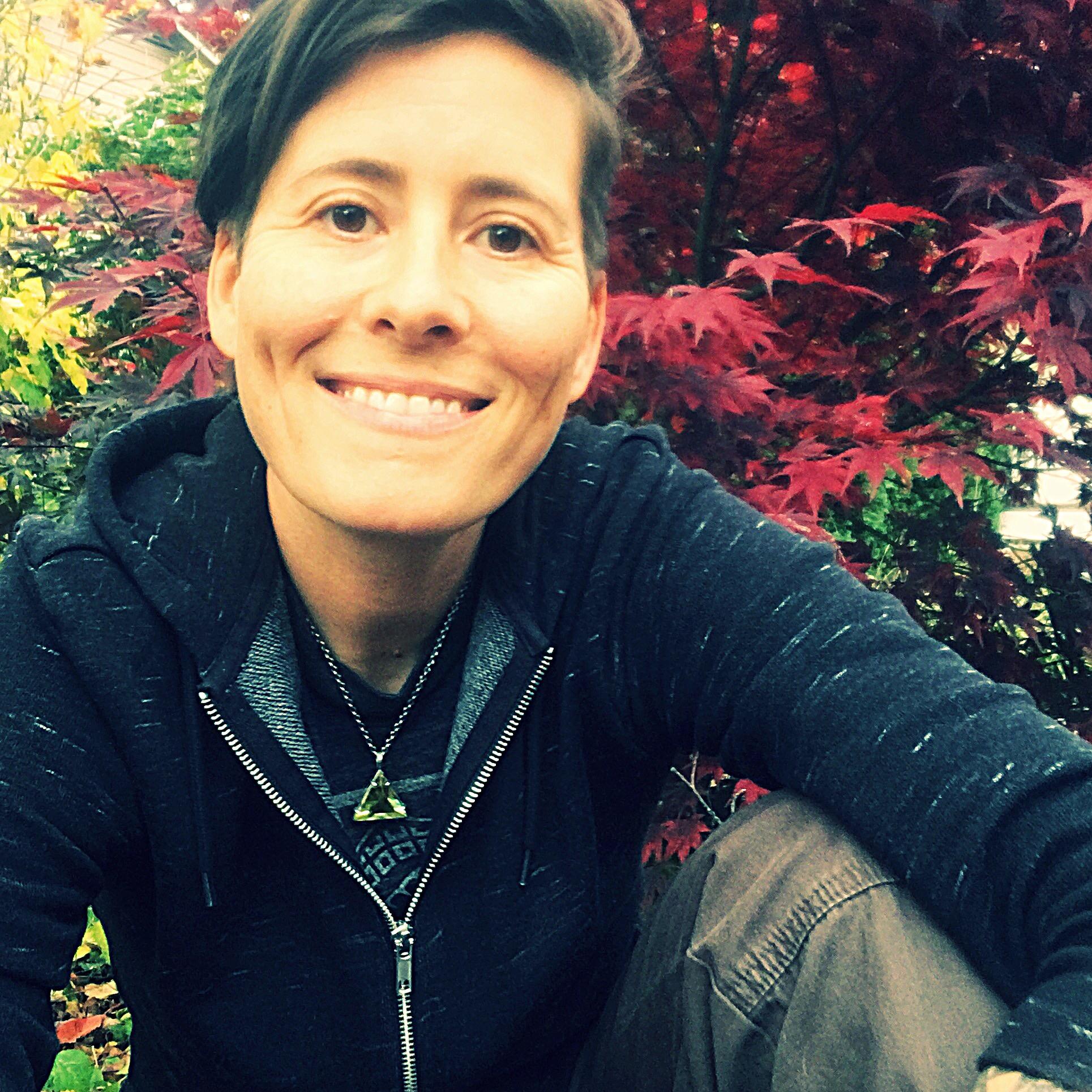 Sarah Thomas, LAc