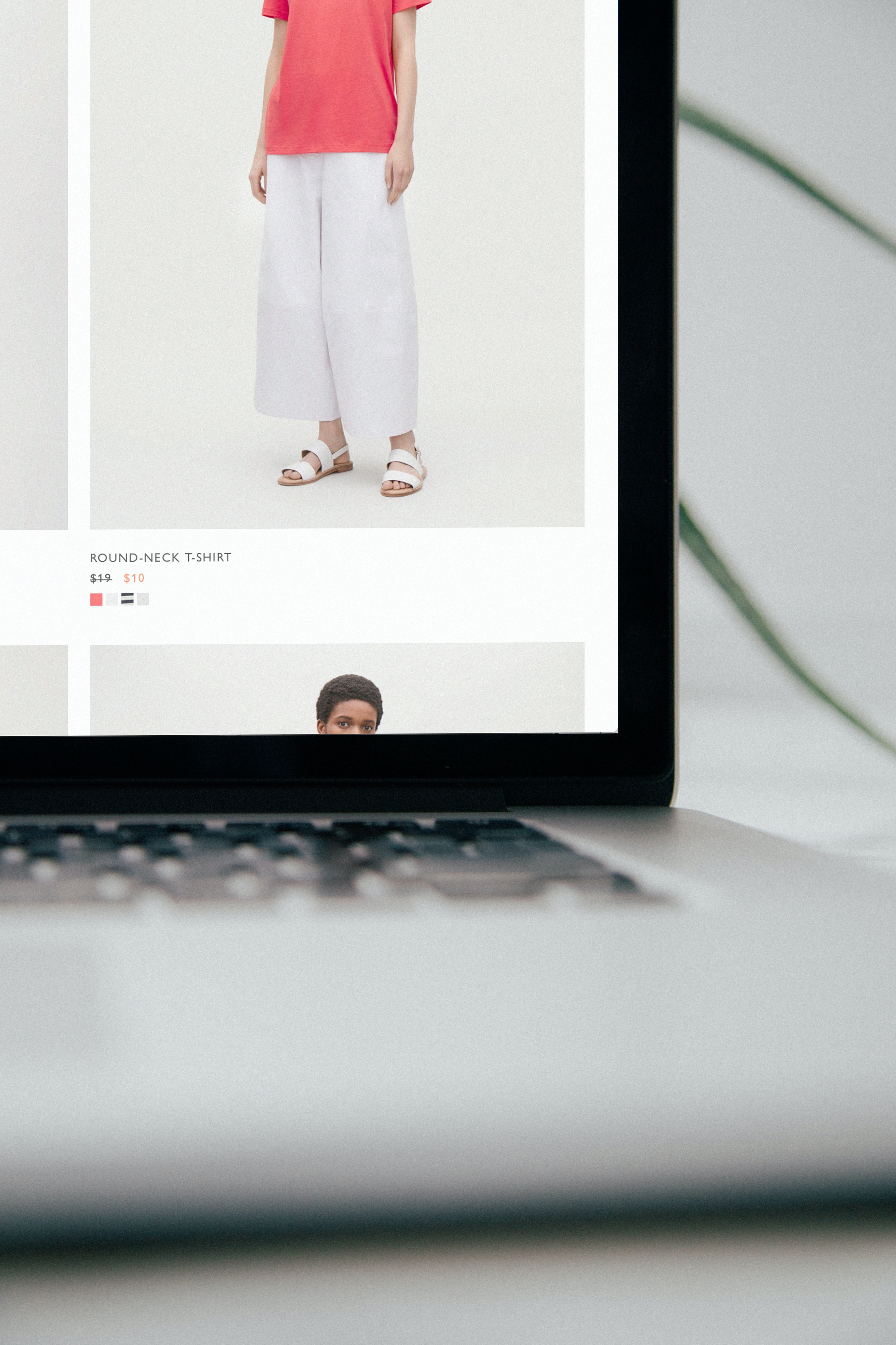HOW TO USE DROPSHIPPING FOR FASHION BUSINESS