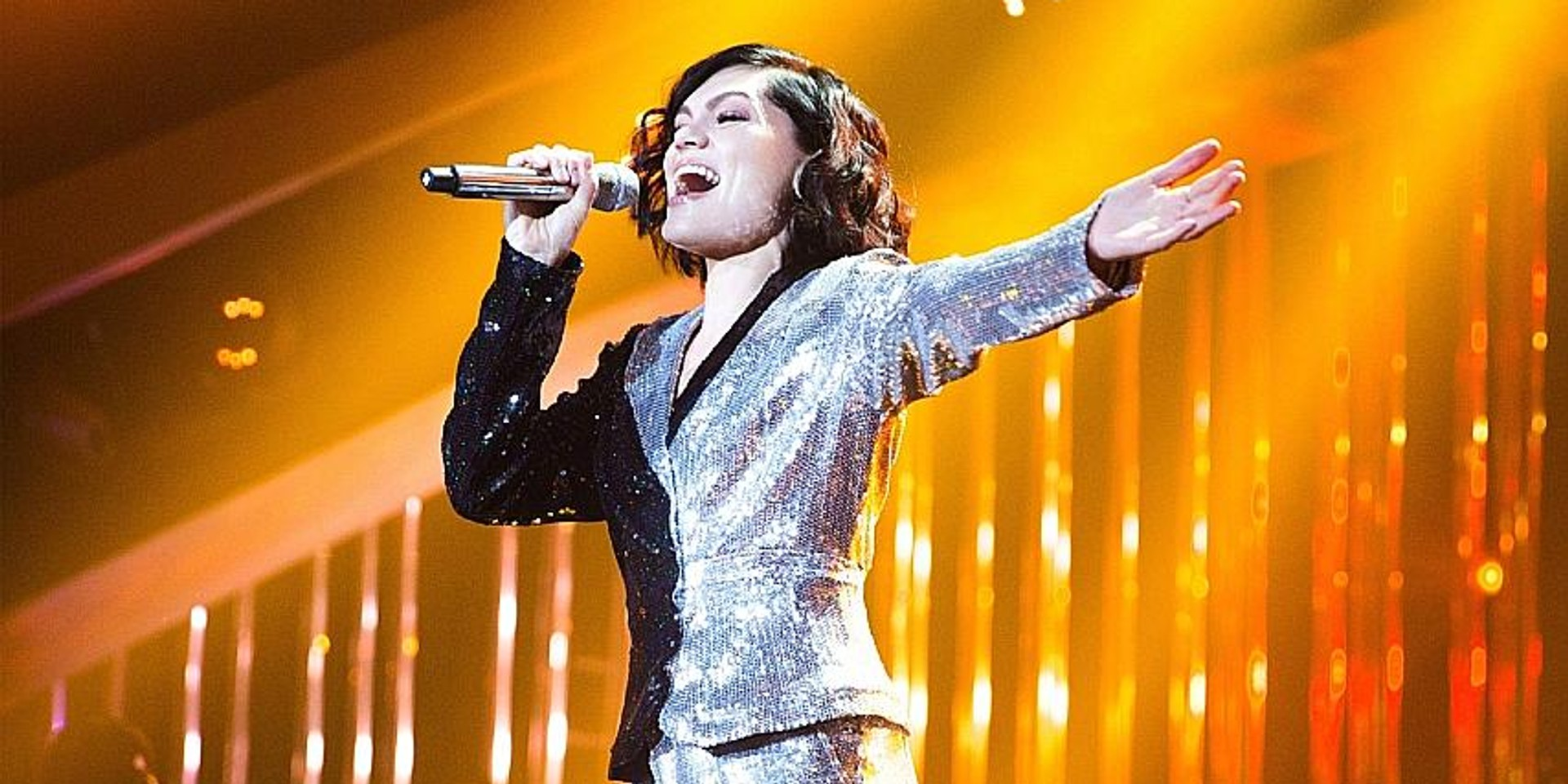 Jessie J is competing in a Chinese reality singing show... and winning