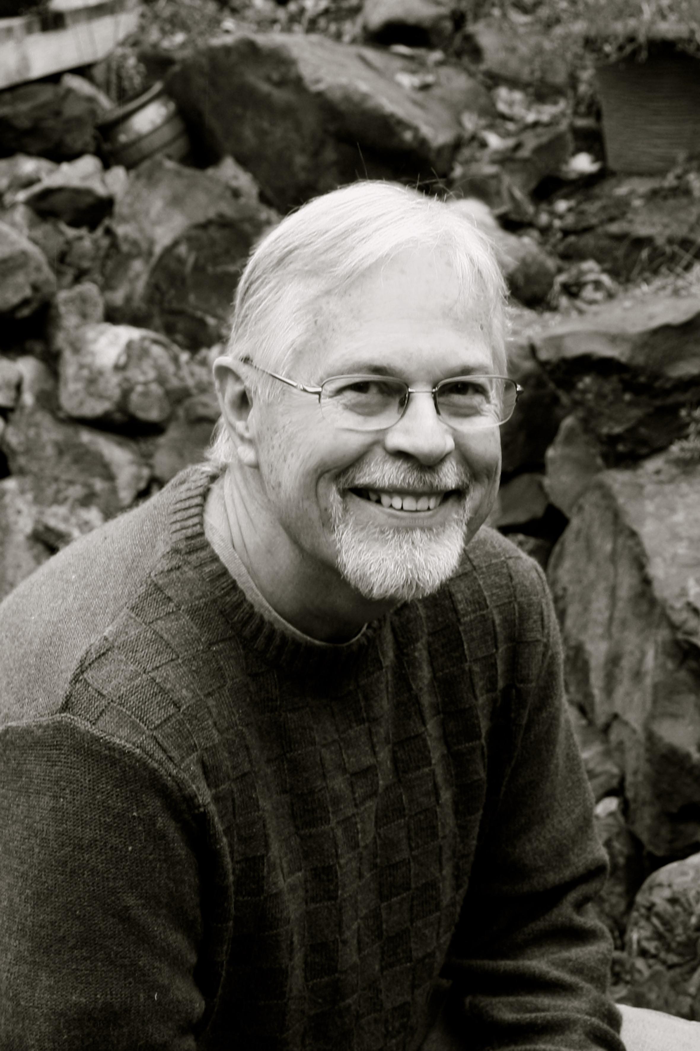 Dr Dennis Thomas