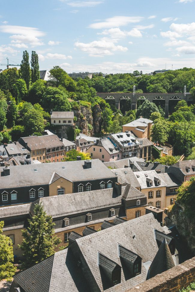 GUIDE TO LUXEMBURG