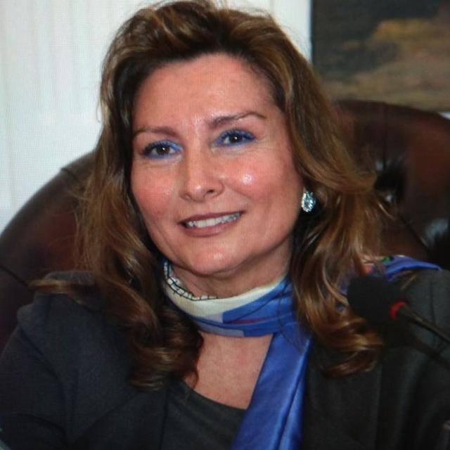 Prof.ssa Alessandra Schettino