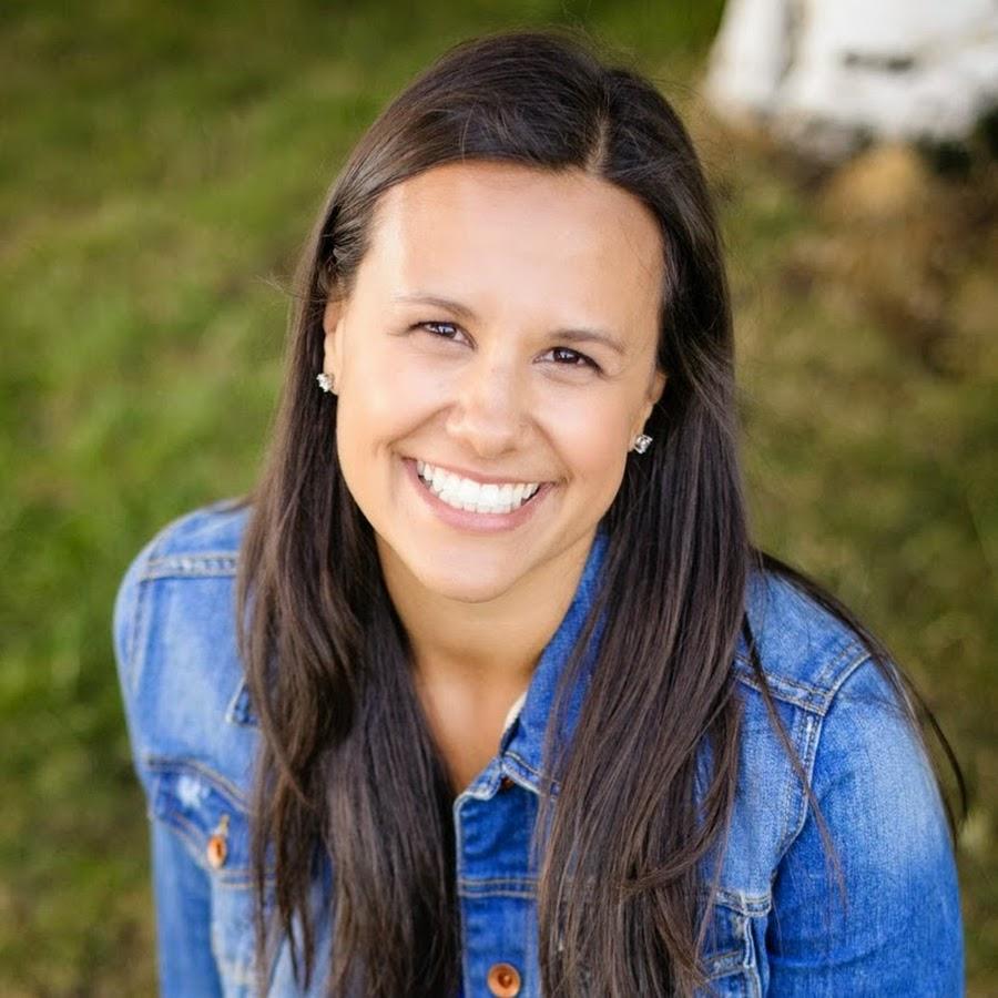 Lara Rabb