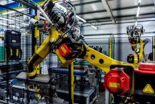 automation-robot-ra-labone-300315-370-customjpg