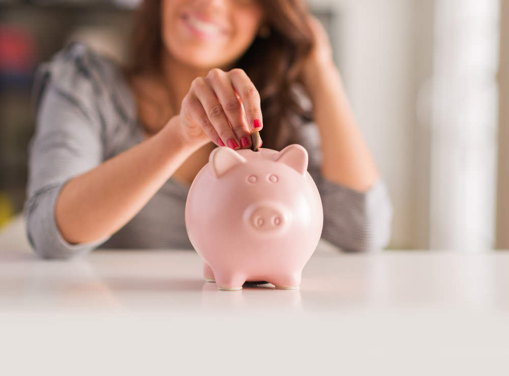 saving money in piggybank from passive income funnels