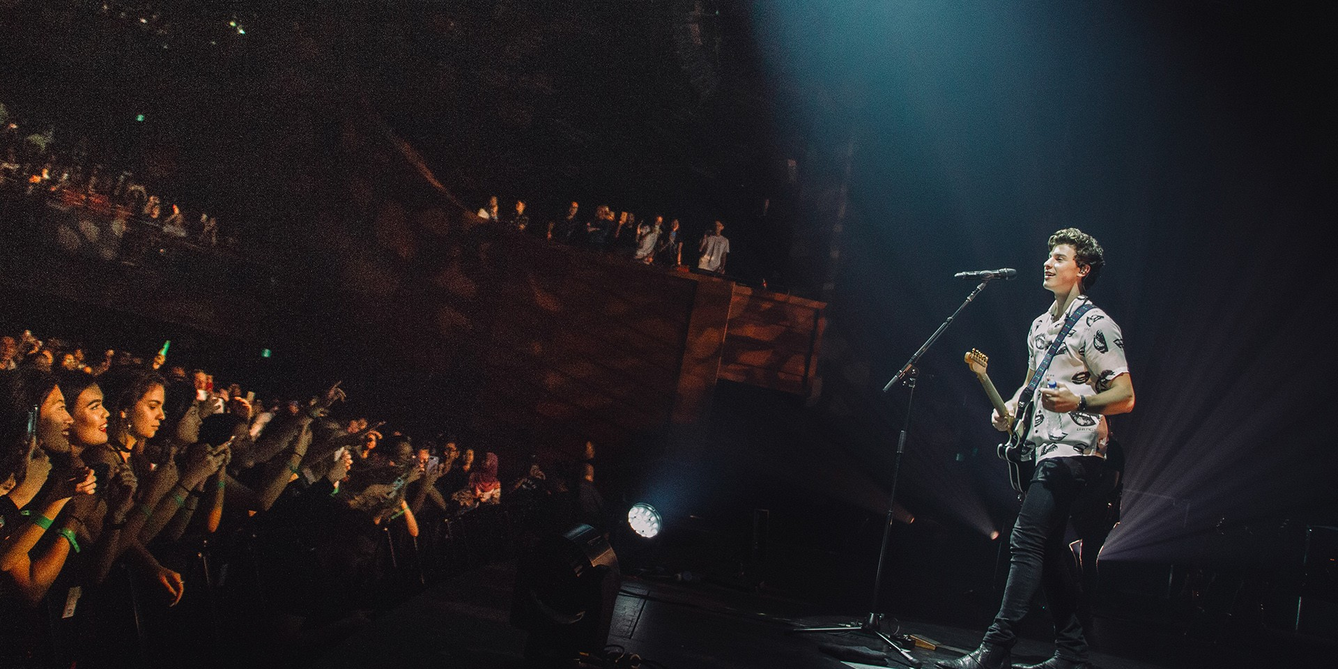 Shawn Mendes floors Singapore fans with first concert — gig report