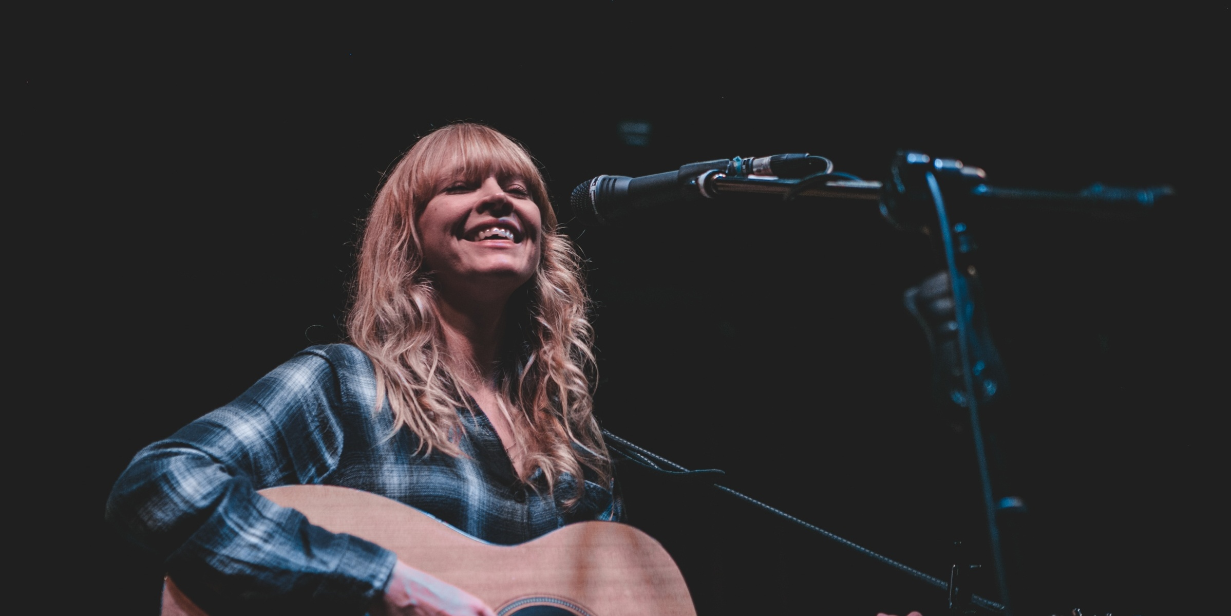 PHOTO GALLERY: Lucy Rose exudes candid warmth in Manila